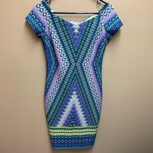 Bisou Bisou straight dress size 4